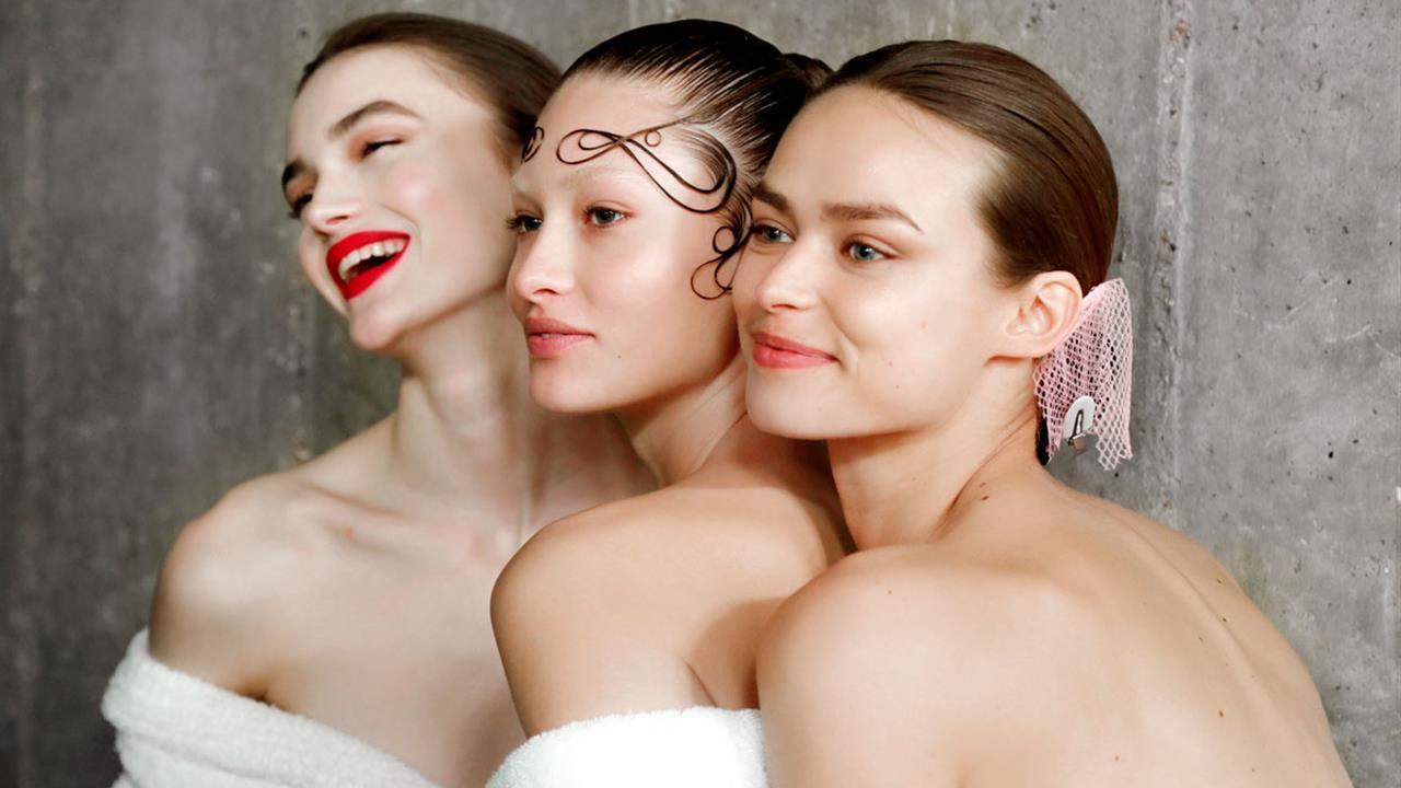Aunque parezca imposible este tipo de aceite facial puede acabar con los brillos faciales en verano